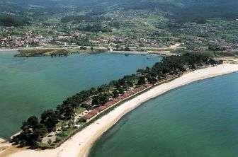 Entorno del Camping Bayona Playa