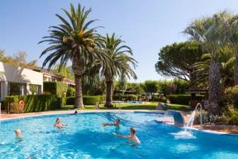 Camping Les Medes, in  (Girona)
