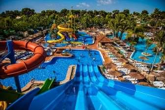 Entorno del Camping La Marina  & Resort