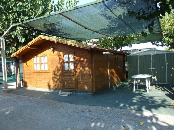 Bungalow tipo: Madera en el Camping Los Naranjos