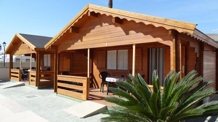 Bungalow tipo: Casa Madera 2/4 Pax en el Camping Fuente