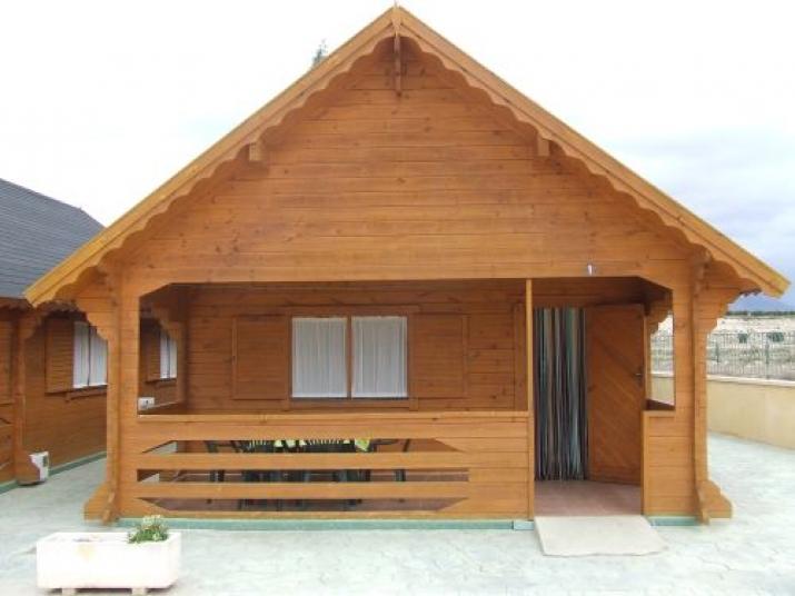 Bungalow tipo: Casa Madera 6/7 Pax en el Camping Fuente