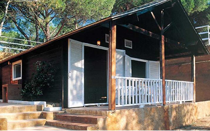 Bungalow tipo: Casa Fusta en el Camping Cala Montgó