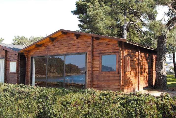 Camping bayona playa camping y bungalows en baiona - Fotos de bungalows de madera ...