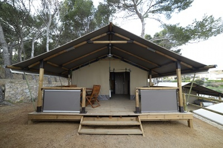 Bungalow tipo: Margarida Lodge en el Camping Palamós