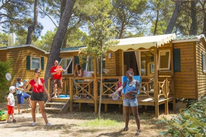Bungalow tipo: Resort Top Presta en el Camping Caravaning el Escorial